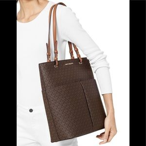 MICHAEL KORS MK BEDFORD LARGE NORTH SOUTH TOTE